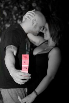 Baby gender reveal party ideas get creative; Maternity Poses, Maternity Pictures, Pregnancy Photos, Maternity Photography, Yoga Pregnancy, Gender Reveal Pictures, Baby Pictures, Baby Shower Gender Reveal, Baby Gender