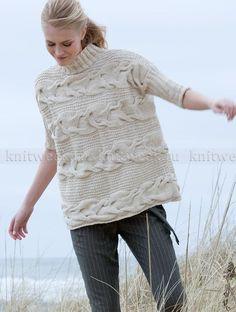 Пуловер с косами поперек и укороченным рукавом