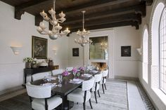 Transitional Dining Room in Dallas, TX by Emily Summers Studio 54