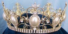 Rhinestone Queen King Full Gold Rhinestone and Pearl Crown