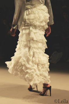 Catwalk, Lace Skirt, Skirts, Dresses, Style, Fashion, Gowns, Moda, La Mode