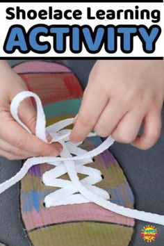 DIY Shoe Tying Practice Board - Teach kids how to tie their shoes with a DIY shoelace practice board. Its easy to make w Happy Hooligans, Toddler Preschool, Preschool Activities, Preschool Readiness, Kindergarten Stem, Kindergarten Worksheets, Learn To Tie Shoes, Learning Toys, Learning Skills
