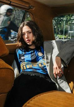 Nike Launch 'Made in Italy' Inter Collection - SoccerBible Classic Football Shirts, Vintage Football Shirts, Vintage Tee Shirts, Vintage Jerseys, Retro Shirts, Football Fashion, Football Outfits, Football Jerseys, Jersey Fashion