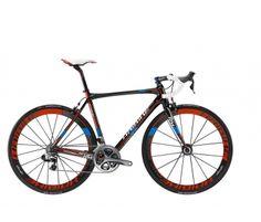 Hos Cykelpartner.dk har de ret mange fede cykler. Men denne slå nok dem alle http://www.cykelpartner.dk/racer-haibike-affair-rx-pro-dura-ace-di2-22-gear_41734223XX.html