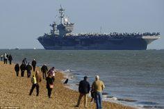 Disso Voce Sabia?: Porta -aviões dos EUA foge de Submarinos russos para o Reino Unido por Segurança