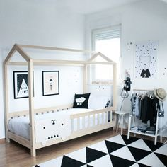SOMETHING BEAUTIFUL: Mate's room - ♡♡♡♡♡♡ the bed!!!!!!!