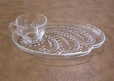 $16.00 Vintage Federal Homestead-4 Clear Glass Wheat Snack Plates u0026 Cups Luncheon Set : luncheon plates with cup holder - pezcame.com
