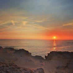 Beautiful sunset in Warrnambool Australia. #australia #sunsetlovers #sunset #sunsets #warrnambool #victoriastate #travel #travelgram #traveltheworld #travelphotography #ocean #greatoceanroad #roundtheworld #roundtheworldtrip #visitaustralia #loveaustralia #canonphotography by onfokus