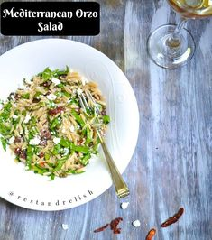 Mediterranean Orzo Salad is a great vegetarian dish for your Fourth of July party! #fourthofjulyfood #fourthofjulyrecipe