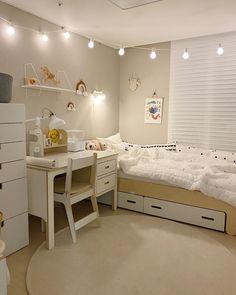 Room Design Bedroom, Room Ideas Bedroom, Small Room Bedroom, Home Room Design, Small Room Design, Bedroom Decor, Korean Bedroom Ideas, Study Room Decor, Minimalist Room