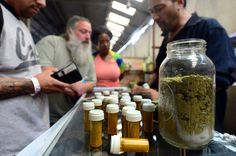 Lawmakers call for investigation into DOJ's continued crackdown of #Medical #Marijuana http://m.huffpost.com/us/entry/55bba4f4e4b0d4f33a0296ab…  #thc