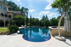 View 46 photos of this $9,875,000, 5 bed, 11.0 bath, 22500 sqft single family home located at 795 Highcourt Rd, Atlanta, GA 30327 built in 2006. MLS # 5844518.