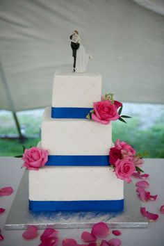 fuschia pink and blue wedding cake 1000 images about royal blue baby pink wedding color 14621