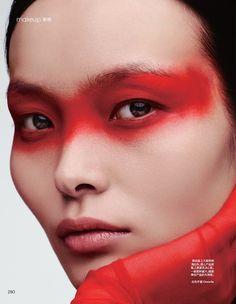 Ling Liu Model& glowing makeup looks in Vogue China - photography . - Ling Liu Model& glowing makeup looks in Vogue China – photography – # - Vogue Makeup, Red Makeup, Makeup Inspo, Makeup Art, Makeup Inspiration, Beauty Makeup, Color Inspiration, Eyeliner Makeup, Fairy Makeup