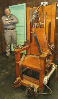 Old Sparky - the famous US electric chair I actually got to sit in Tennessee's electric chair during a visit to Riverbend prison in 2003.
