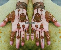 Best 12 Mehndi henna designs are always searchable by Pakistani women and girls. Women, girls and also kids apply henna on their hands, feet and also on neck to look more gorgeous and traditional. Easy Mehndi Designs, Dulhan Mehndi Designs, Latest Mehndi Designs, Henna Hand Designs, Round Mehndi Design, Rajasthani Mehndi Designs, Mehndi Designs Finger, Mehndi Design Photos, Wedding Mehndi Designs