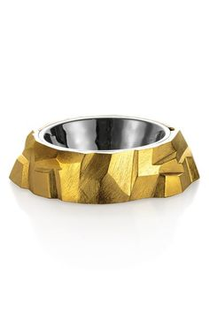Michael Aram's Rock Dog Water Bowl will quench the thirst of the most discerning pooch. Animals And Pets, Cute Animals, Matou, Pet Puppy, Dog Accessories, Dog Design, Doge, Yorkie, Goldendoodle