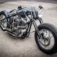 You have a really special & highly customized Harley Davidson the world needs to see? TAG or DM us @harleyshowroom #harleydavidson #harley #harleys #harleylife #harleysofinstagram #bobber #bagger #chopper #shovelhead #softail #dyna #sportster #knucklehead #flathead #panhead #bikelife #custombike #motorcycle #live2ride #lifebehindbars #showoffmyharley #harleydavidsonbobberssportster #harleydavidsonsoftailcustom