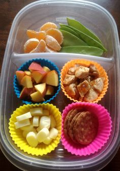 Easy kid bento lunchbox ideas: chicken with ginger-soy sauce, nut-thins, string cheese, peaches, snap peas, tangerine slices