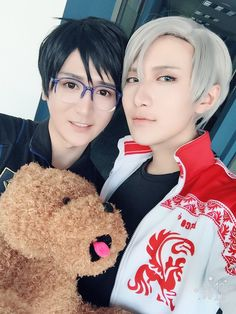 Twitter Anime Costumes, Diy Costumes, Cosplay Costumes, Male Cosplay, Cosplay Outfits, Anime Cosplay, Cosplay Ideas, Vocaloid, Best Cosplay Ever