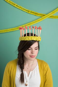 DIY birthday candle crown - The House That Lars Built Diy Party Hats, Party Props, Party Favors, Special Birthday, It's Your Birthday, Birthday Cake, Happy Birthday, Diy Birthday Crown, Birthday Crowns