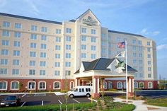 Country Inn & Suites By Carlson, Newark Airport - Exterior