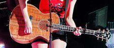 Taylor in Shanghai <1333