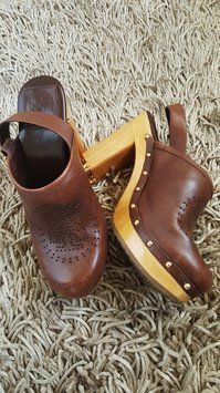 Tory Burch Tb Leather Wood Brown Mules