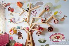 Półki do pokoju dziecięcego na wzór drzewa