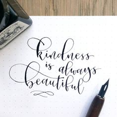 Quotes calligraphy handwriting lettering tutorial Ideas for 2019 Calligraphy Quotes Doodles, Pencil Calligraphy, Calligraphy Handwriting, Calligraphy Alphabet, Modern Calligraphy, Hand Lettering Quotes, Creative Lettering, Lettering Styles, Brush Lettering