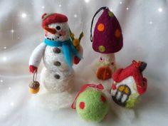 Felt Christmas, Christmas Tree Ornaments, Felted Wool, Wool Felt, Holiday Decor, Home Decor, Wool Felting, Christmas Tree Toppers, Interior Design