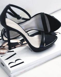 simple black high heal sandal