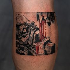 Oozy is a South Korean tattoo artist. He usually makes Blackwork tattoos. Oozy has received many awards in the field of art Anime Tattoos, Cool Tattoos, Korean Tattoo Artist, Korean Tattoos, Blackwork, Tattoo Artists, Tatting, Tattoo Designs, Skull