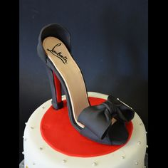 Design Cake Lauboutin Shoes ©Une Fille en Cuisine