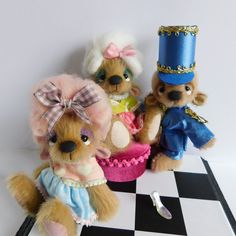 The ugly sisters and the glass slipper coming to www.thegreatstratfordteddybearevent.co.uk Glass Slipper, Teddy Bears, Sisters, Toys, Sweet, Cute, Handmade, Animals, Activity Toys