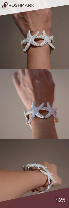 🌴 starfish bracelet 🐚•• So adorable! Perfect for the beach and summer! Tropical island living. ☺️  Stretch gold and white starfish bracelet (five starfish). No flaws.  ❩❨ offers welcome ❩❨ bundle for private discount ❩❨ typically ships next business day ❩❨ thank you for clearing space in my RV! Jewelry Bracelets