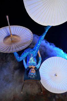 Assister à une représentation du cirque du soleil. From Mes Petits Plaisirs. Me too! #bucketlist