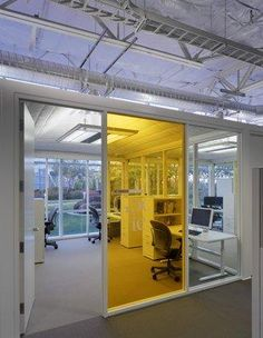 Glass walls for office. Sight lines through office to exterior. Google Architecture, Interior Architecture, Corporate Interiors, Office Interiors, Commercial Design, Commercial Interiors, Google Headquarters, Google Office, Startup Office