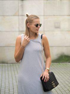 Streifen, Stripes, Streifenkleid, Kleid, Sommerkleid, Blond, Schwarze Tasche, Converse, Ray-Ban, Sonnenbrille, Traveloutfit, Lakatyfox, Fashionblogger, Blogger, Streetlook, Style,