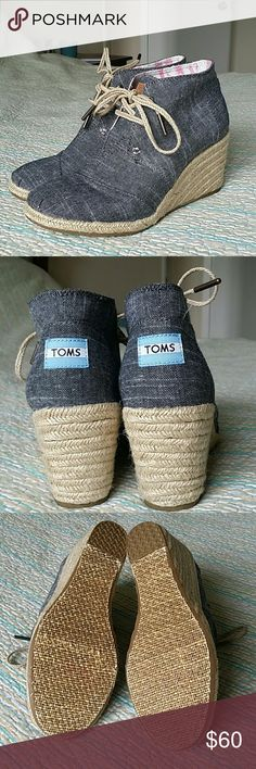 TOMS Chambray Canvas Desert Wedge Ankle Boot 7 NWOB Toms Chambray Canvas Desert Wedge Ankle Boot Espadrille Heel Wms Shoe Sz 7 TOMS Shoes Ankle Boots & Booties