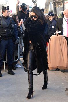 November 30, 2016 -Arriving at the Grand Palais... - Kendall & Kylie