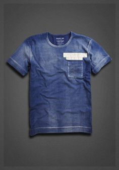 Short sleeved indigo T-shirt with front pocket and 'DNM' application on the back dark indigo   Tshirt   Man   FW12   Replay   REPLAY Online Shop