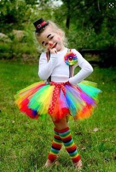 Cute idea for a clown costume!