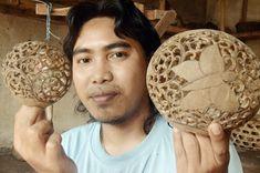 Artisan: Feito Andi pode ganhar a vida fazendo lanternas de casca de coco.