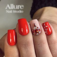 Red nails design with rhinestones bling popular Ideas Red Nail Designs, Acrylic Nail Designs, Beautiful Nail Designs, Rhinestone Nails, Bling Nails, Glitter Nails, Xmas Nails, Red Nails, Nail Art Strass