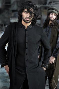 Shalwar Kameez in black tunic ensemble Male Fashion Trends, Mens Fashion, Indian Fashion, Groom Fashion, Arab Fashion, Sporty Fashion, Fashion Wear, Middle Eastern Men, Moslem