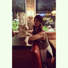 Me and Elvis hangin out at our new favorite spot #idaclaire  #dallasblogger #addison #dallasrestaurants #southernfood by whitleyy_taylorr