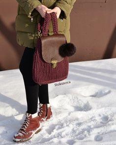 WEBSTA @ stokusovaknitomsk - Рюкзак в наличии#пряжалента и кожаный клапанУдобный и практичныйМодный и стильный)Цена 2800р