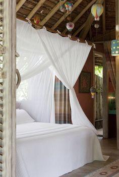 Romantic tropical bedroom. Boho Chic. Hotel Casas da Vila, Trancoso – Bahia. Brazil.