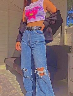 Aesthetic Indie, Aesthetic Fashion, Aesthetic Clothes, Rainbow Aesthetic, Ripped Jeans Outfit, Ripped Mom Jeans, Jean Outfits, Kids Outfits, Cute Outfits